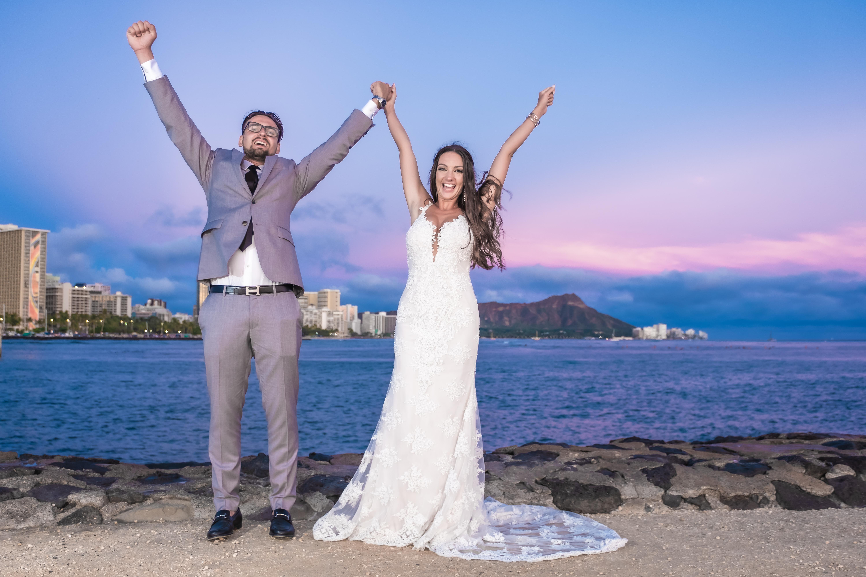Magic island Hawaii beach wedding -3