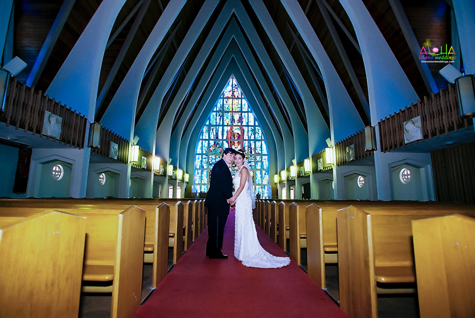 Hawaiian Church Wedding on Oahu-71