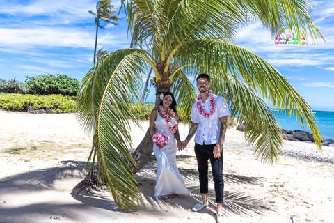 Wedding-Picture-at-Kahala-Beach-1A-457.jpg