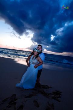 Oahu-wedding-packages-1-211.jpg