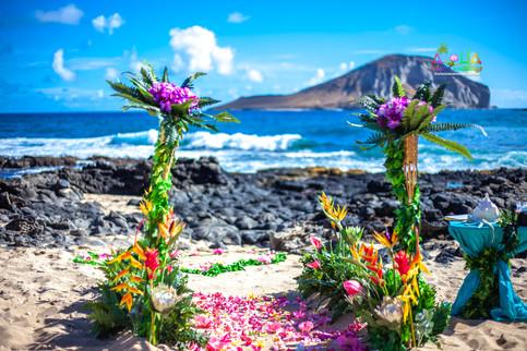 Vowrenewal-wedding-in-Hawaii-1-3.jpg