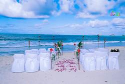 Beach wedding in Kailua-11