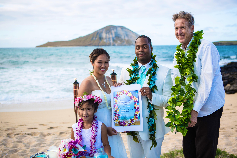Alohaislandweddings.com- Ohana Oahu wedding-20