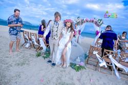 Waialae beach wedding-38