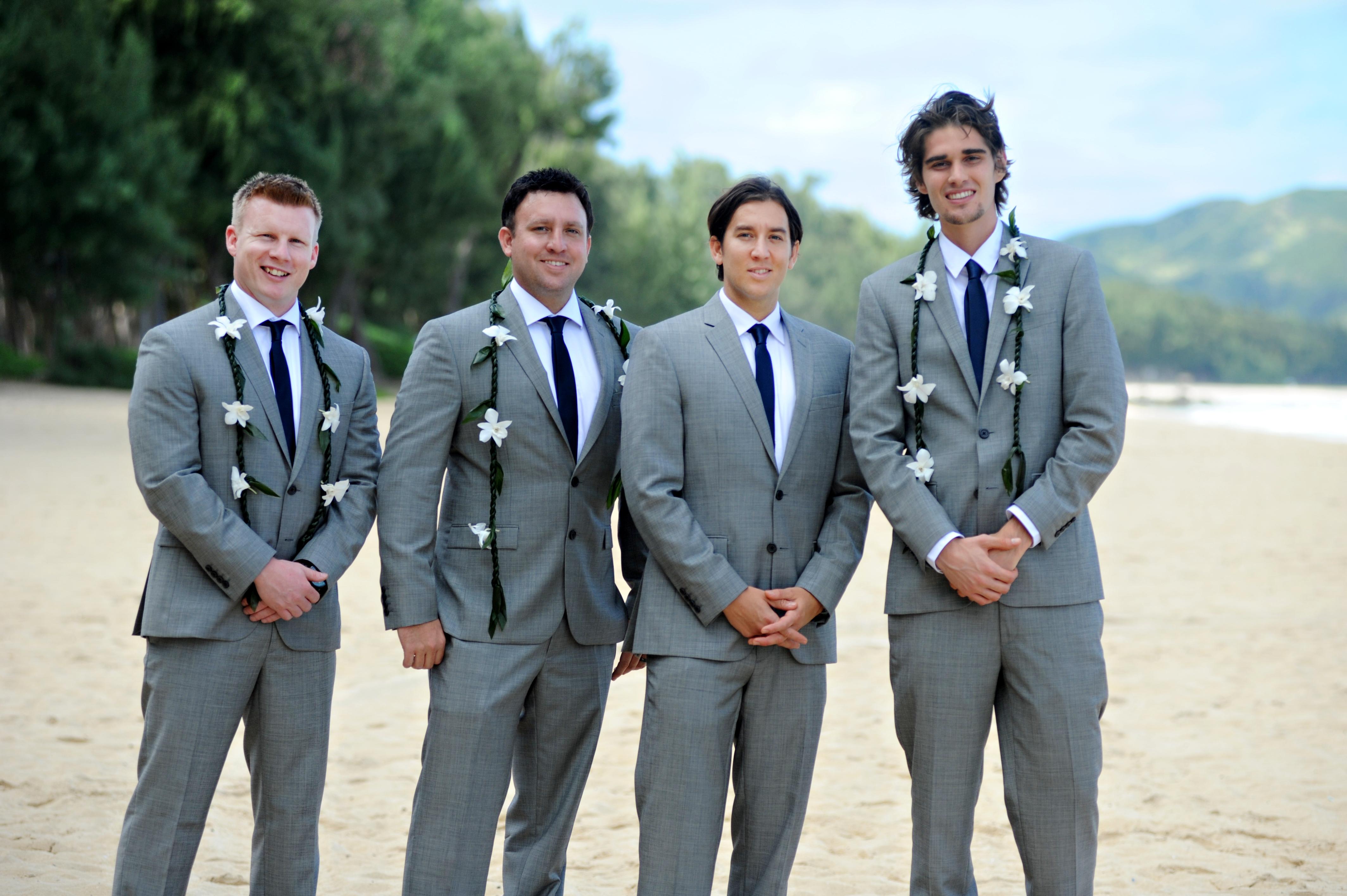 wedding In Hawaii -Bride -maids-3