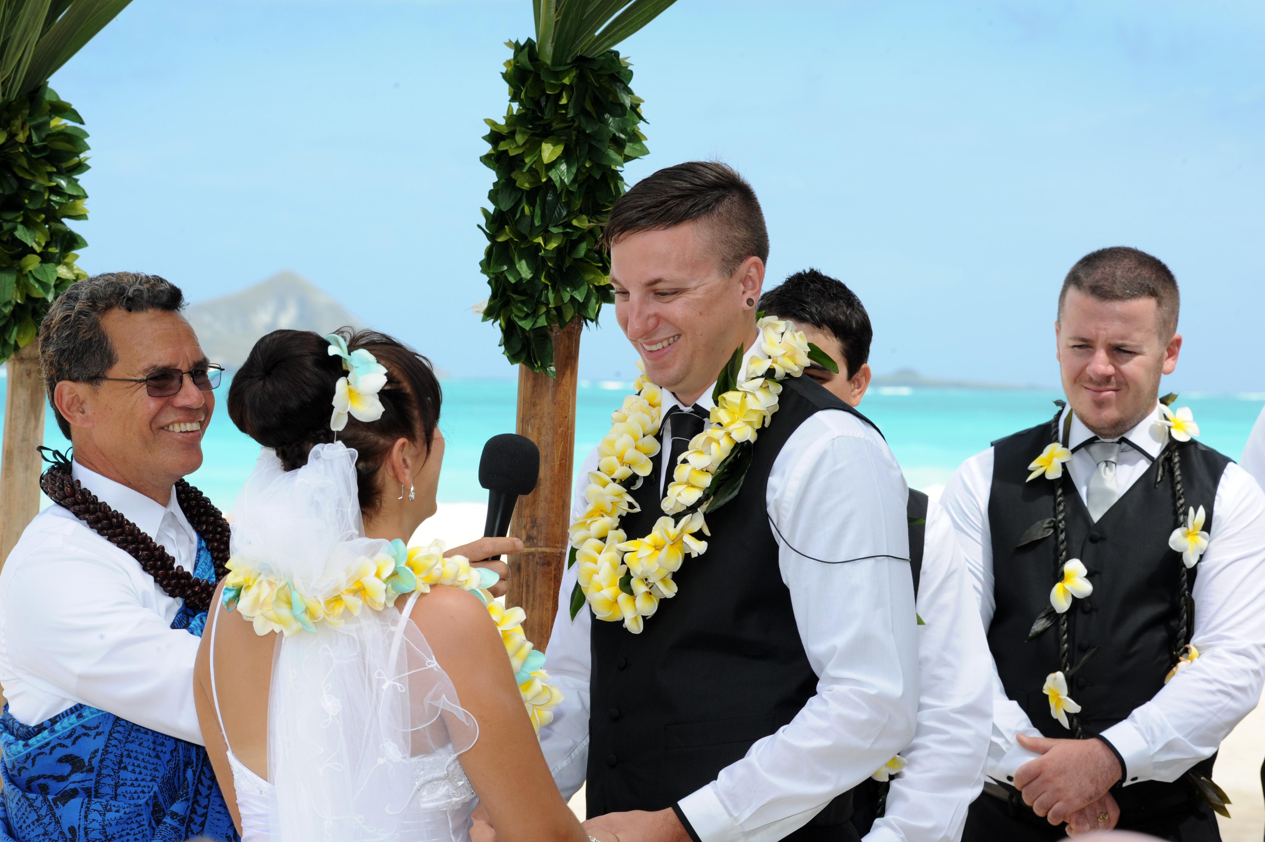 Alohaislandweddings.com- Hawaiian wedding in hawaii-83