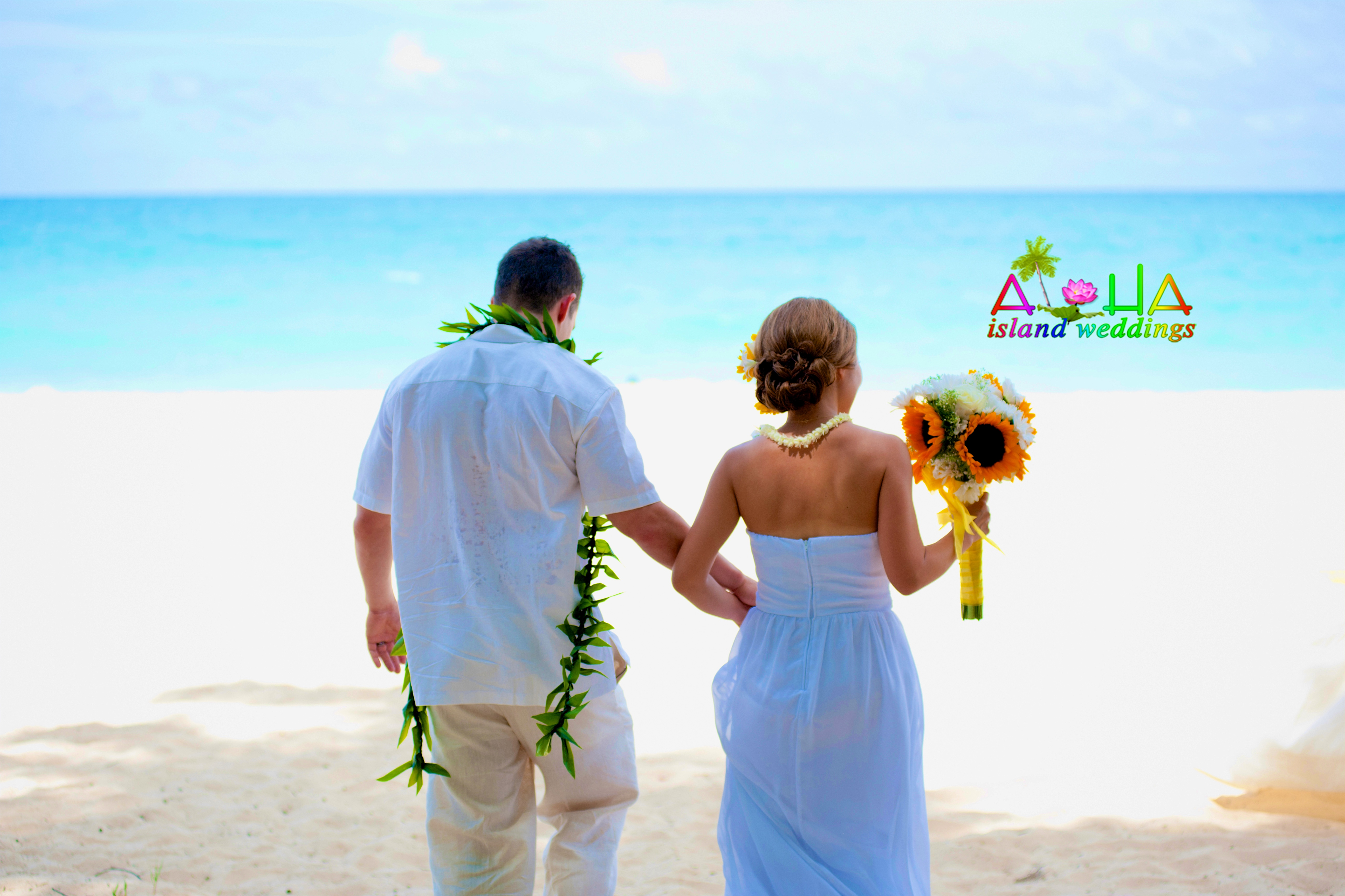 Wedding In Hawaii - by alohaislandweddings.com-1