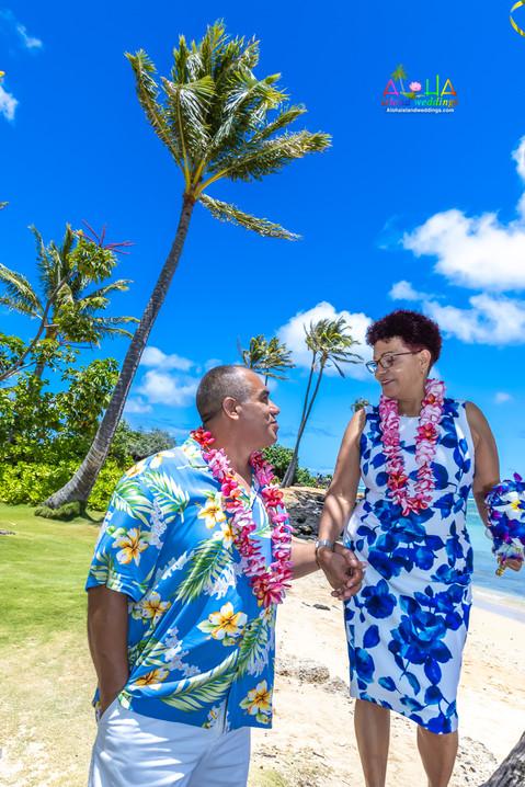 Kahala-resort-beach-in-Hawaii-2-130.jpg