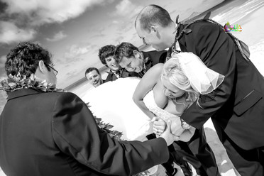 H&T-waimanalo-beach-weddings-1-50.jpg
