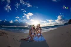 Sunrise-wedding-in-Hawaii-14.jpg