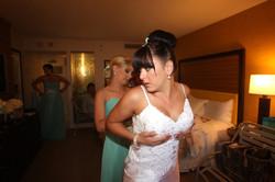 Alohaislandweddings.com- Pre wedding In The hotel room -45