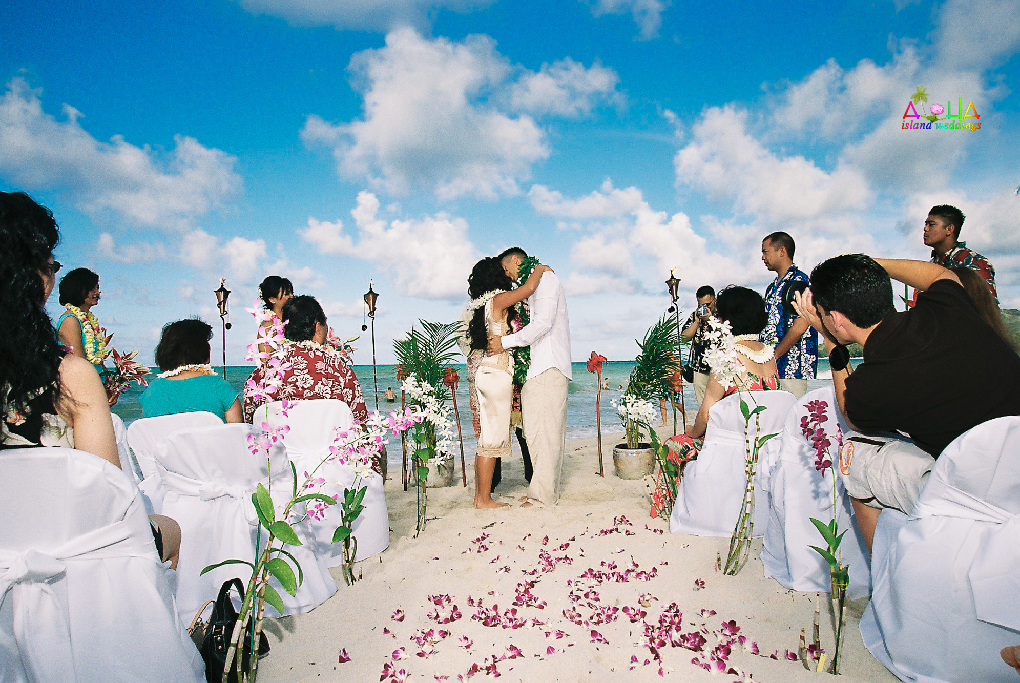 Beach wedding in Kailua-19