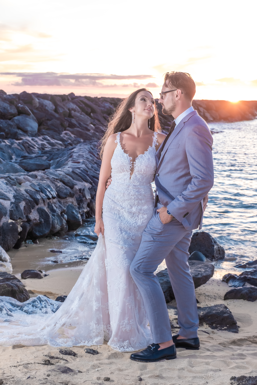 Magic island Hawaii beach wedding -34