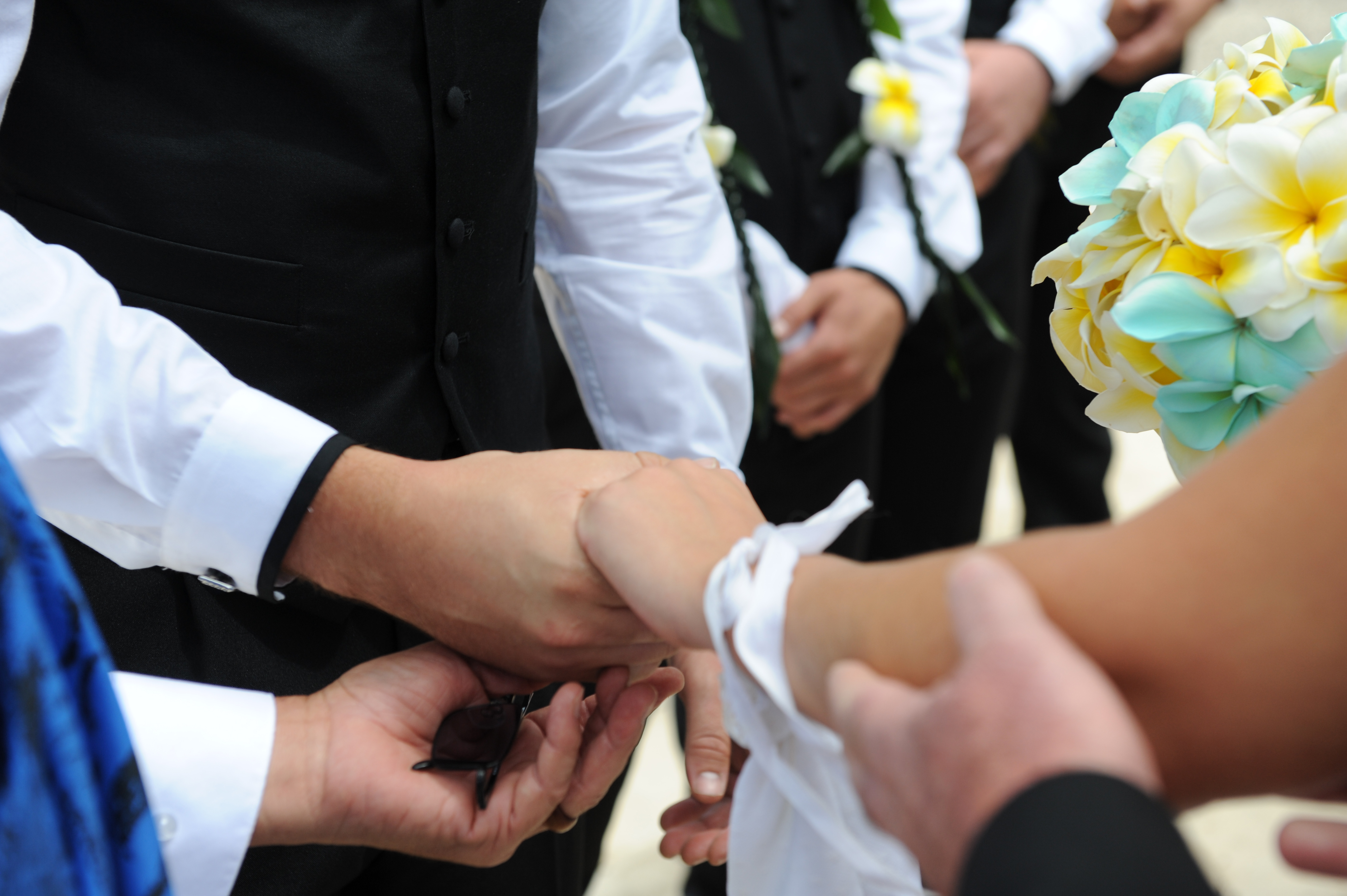 Alohaislandweddings.com- Hawaiian wedding in hawaii-63