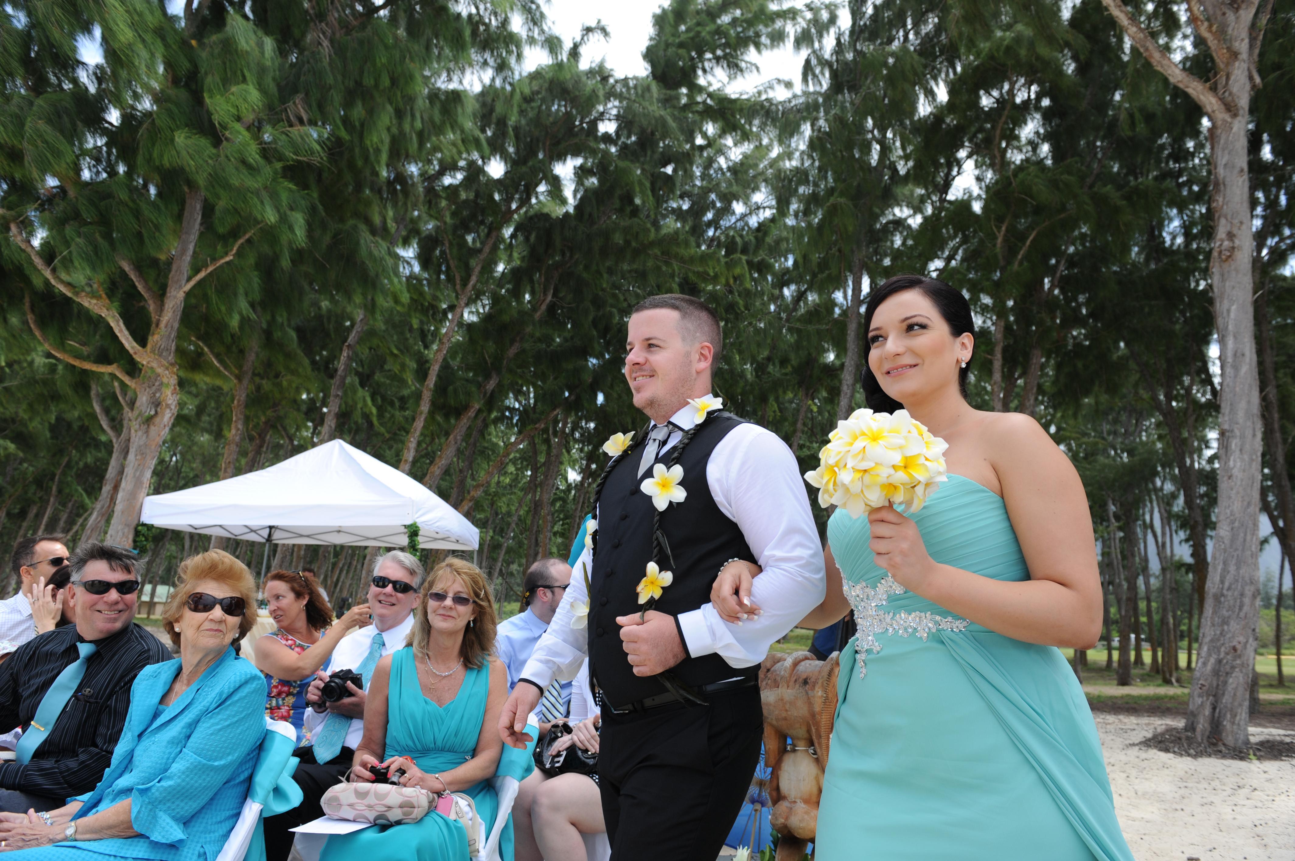 Alohaislandweddings.com- Hawaiian wedding in hawaii-50