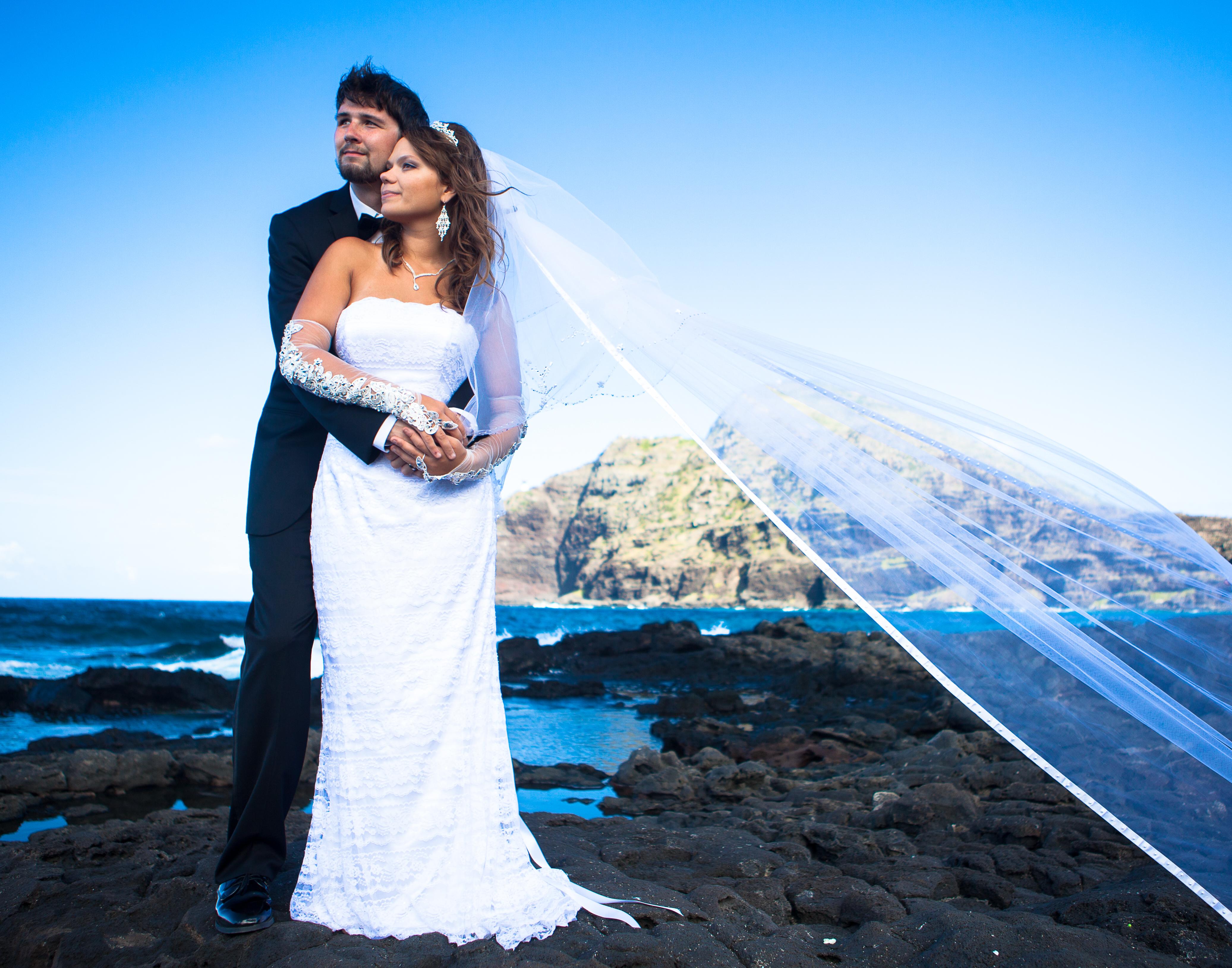 Hawaii Wedding Dove Release by alohaislandwedding.com -23