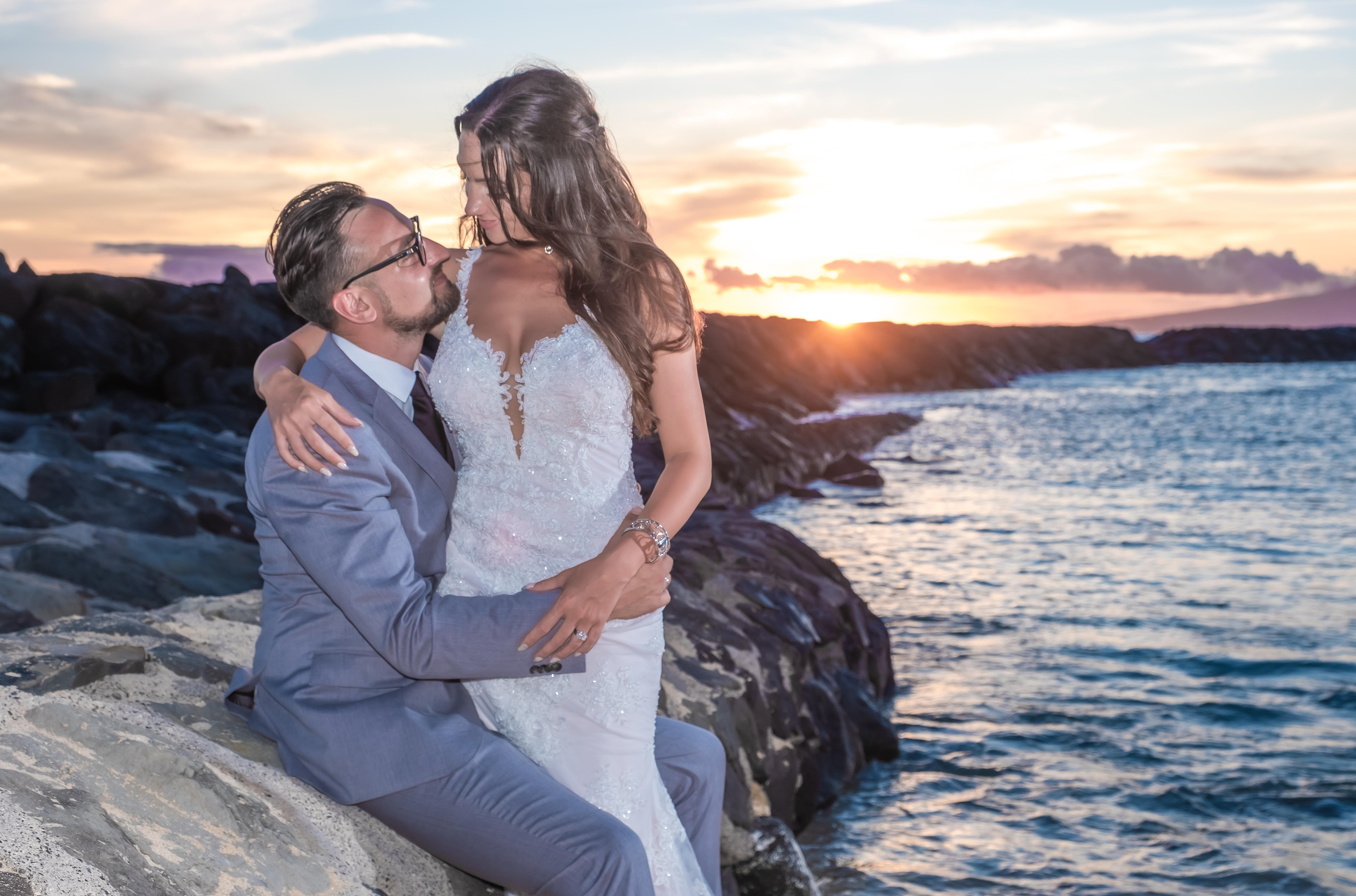 Magic island Hawaii beach wedding -42