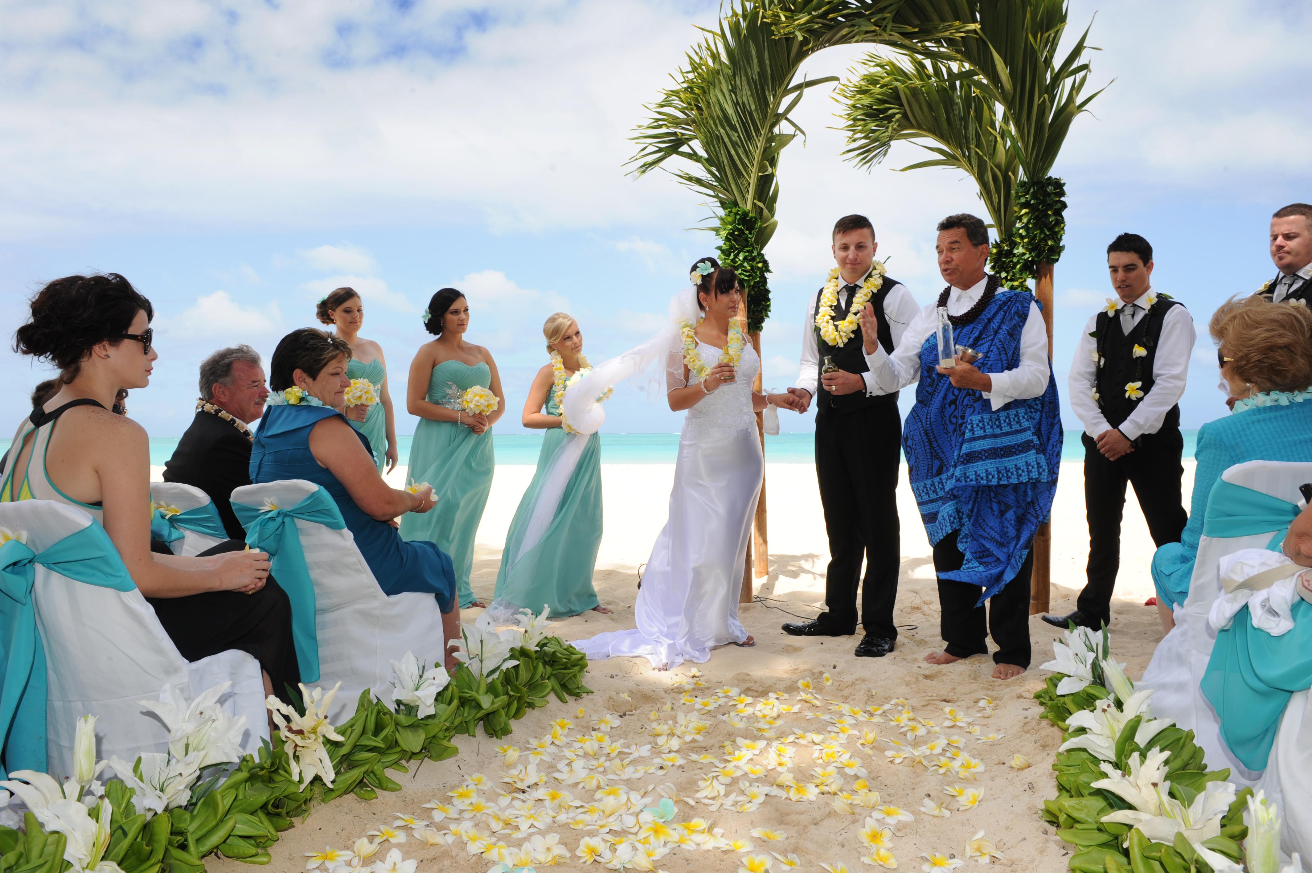 Alohaislandweddings.com- Hawaiian wedding in hawaii-108