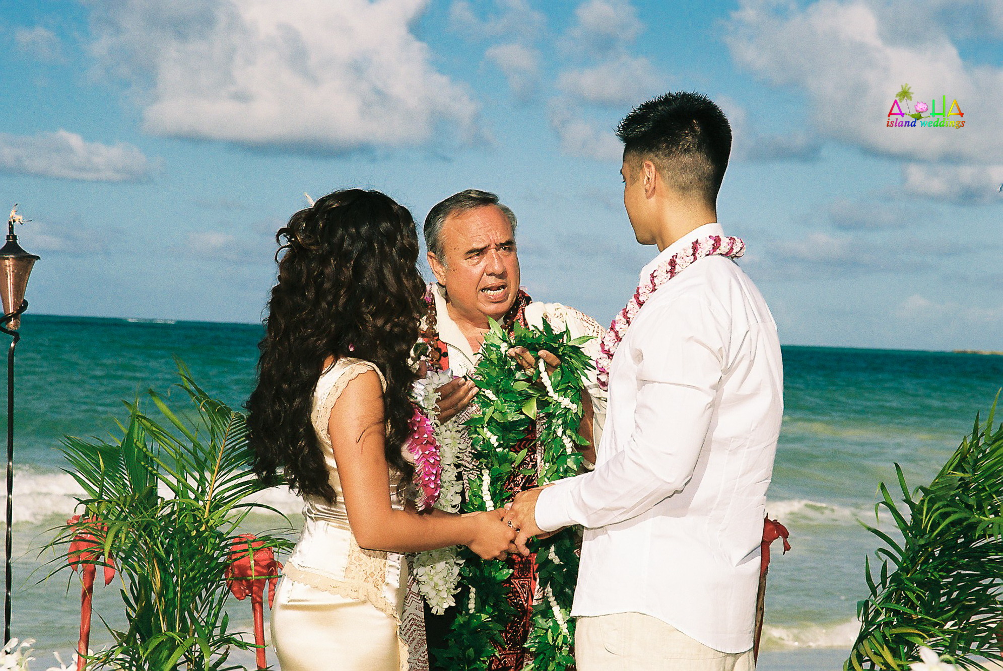 Beach wedding in Kailua-33