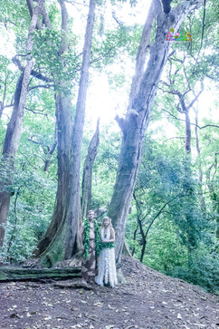 EW-wedding-picture-in-the-forests-18.jpg