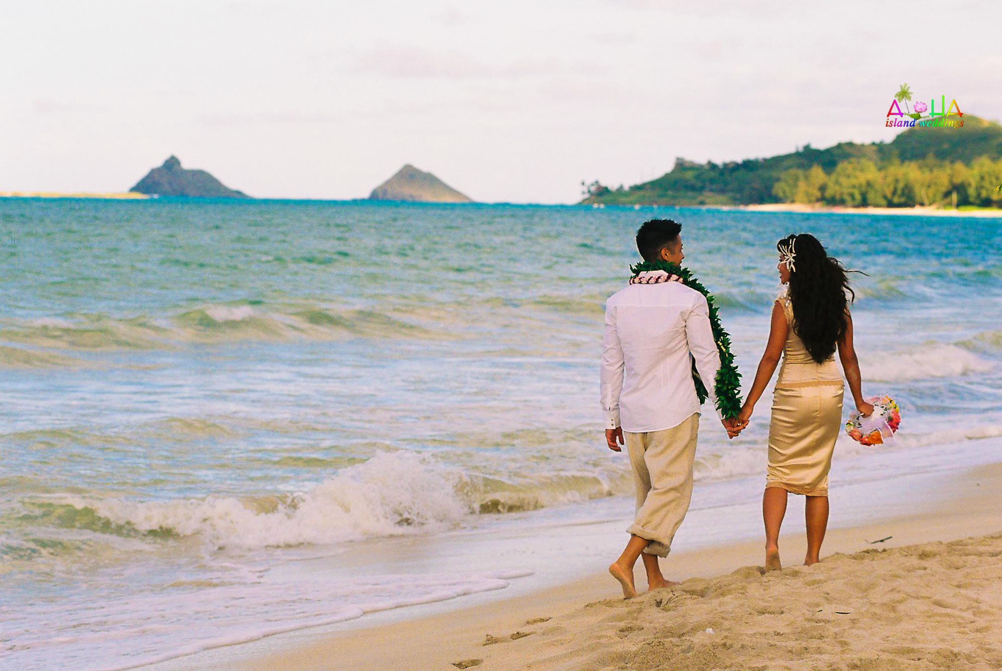 Beach wedding in Kailua-67