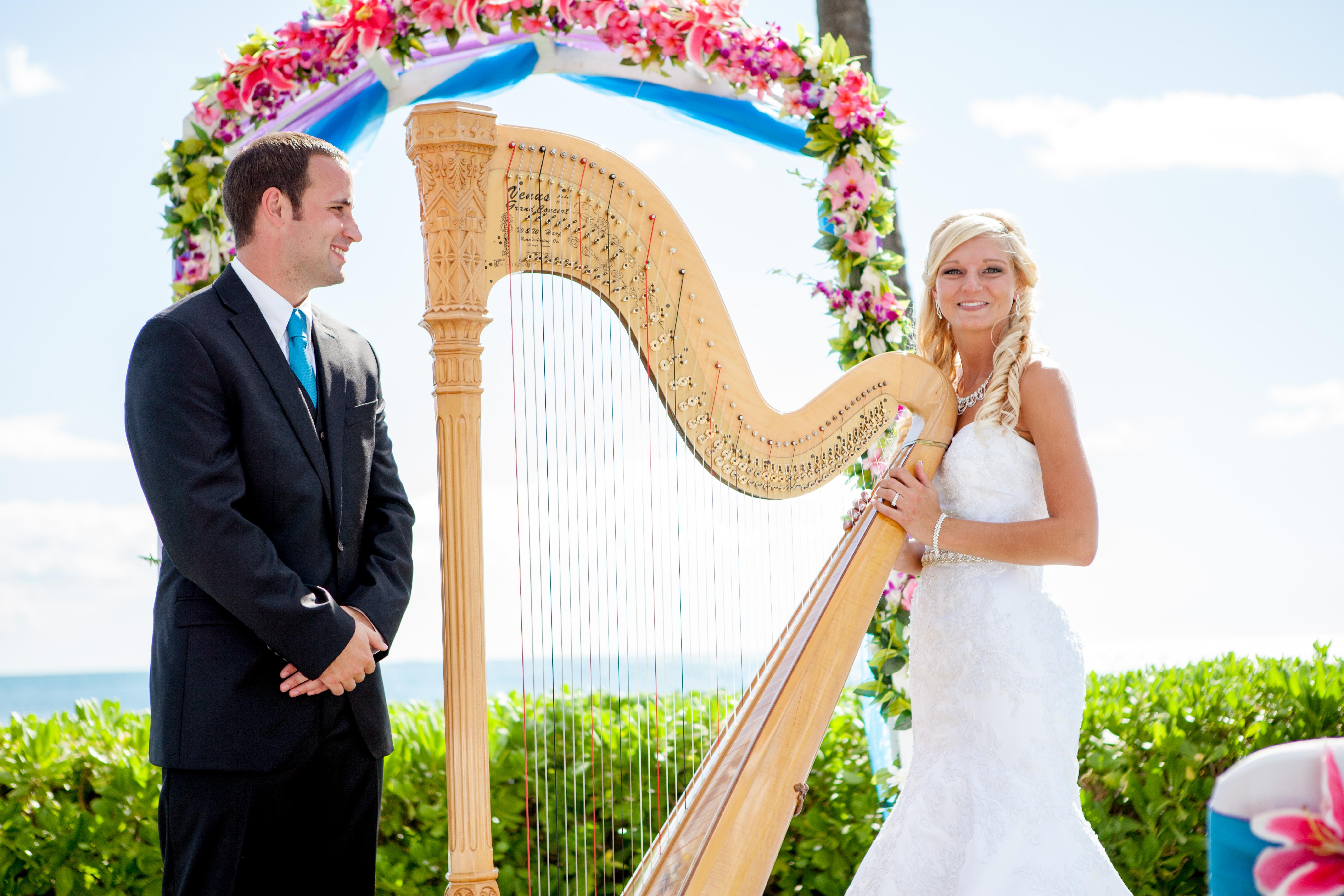 Harpist in Hawaii 8