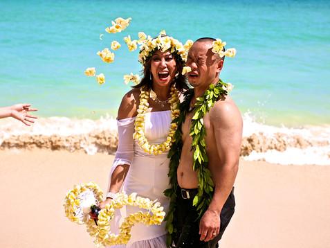 plumeria flowers throw at the bride.jpg