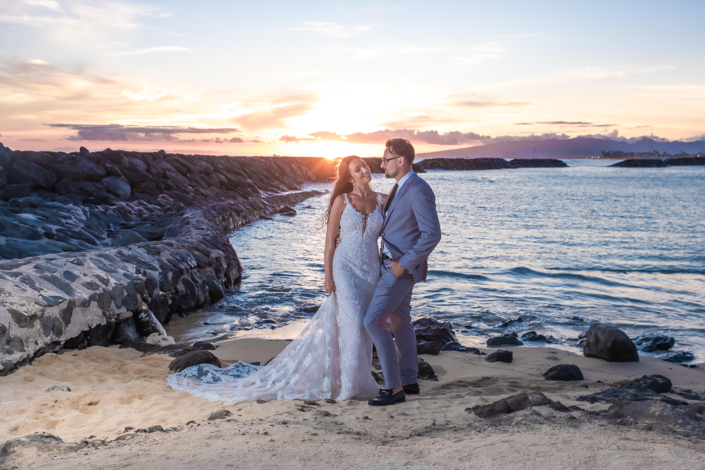 Magic island Hawaii beach wedding -36