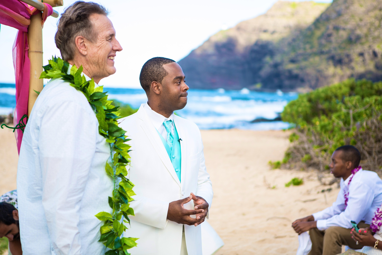 Alohaislandweddings.com- Ohana Oahu wedding-9