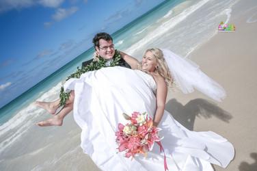 H&T-waimanalo-beach-weddings-1-56.jpg