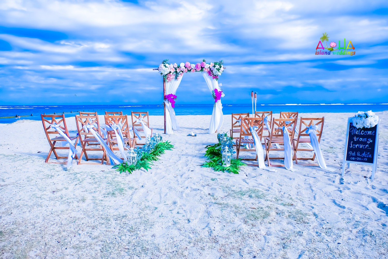 Waialae beach wedding-10