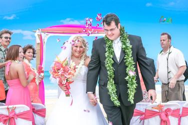 H&T-waimanalo-beach-weddings-1-29.jpg