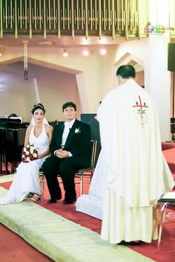 Hawaiian Church Wedding on Oahu-64