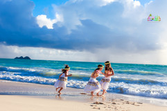 Sunrise-wedding-in-Hawaii-40.jpg