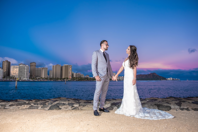 Magic island Hawaii beach wedding -16