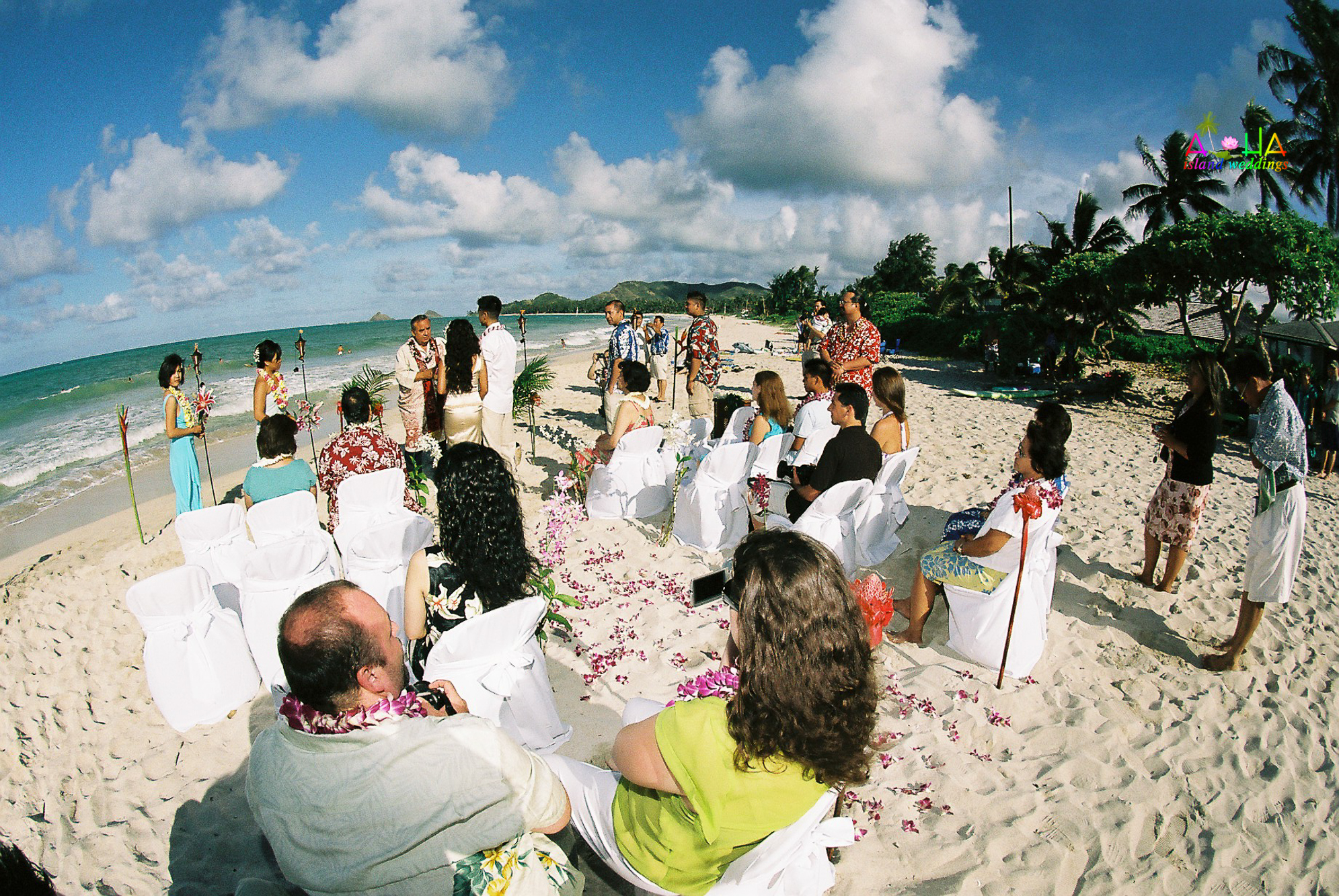 Beach wedding in Kailua-46