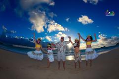 Sunrise-wedding-in-Hawaii-11.jpg