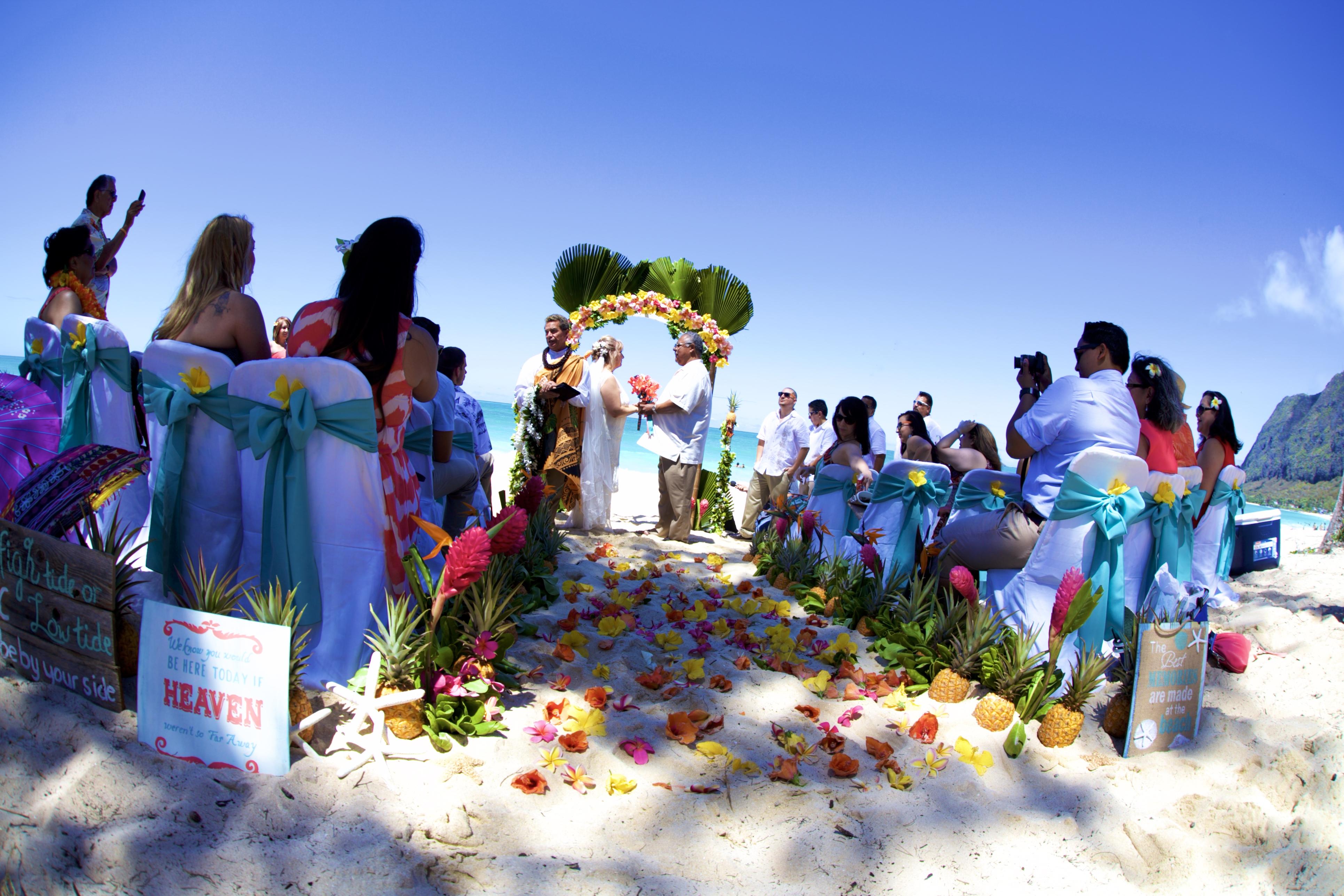 Hawaii weddings, elopements, and Hawaii vow renewals -17
