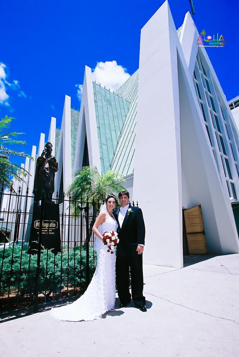 Hawaiian Church Wedding on Oahu-7