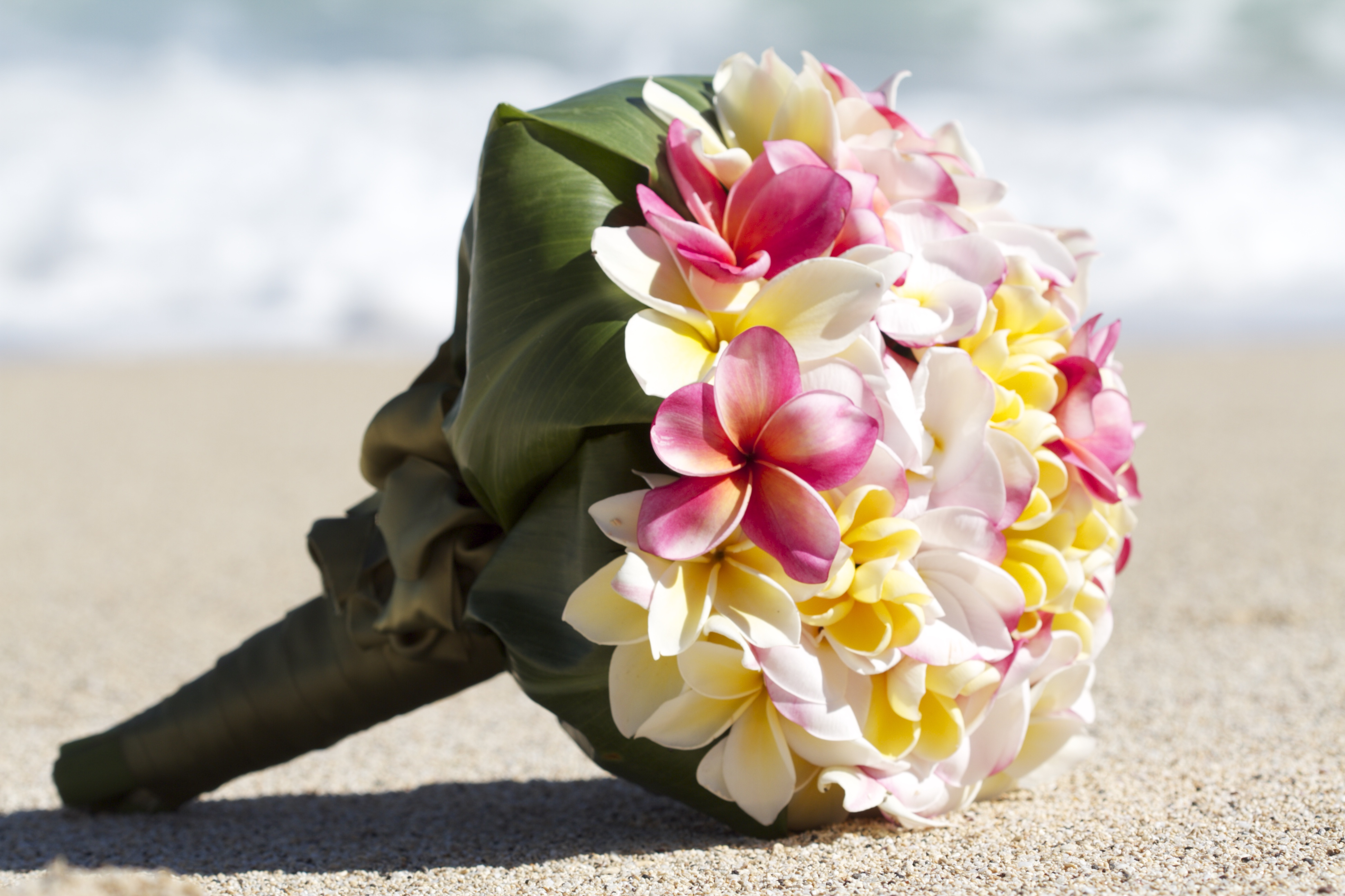 Chinese wedding bouquet in Hawaii