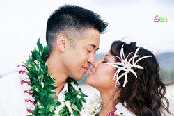 Beach wedding in Kailua-73