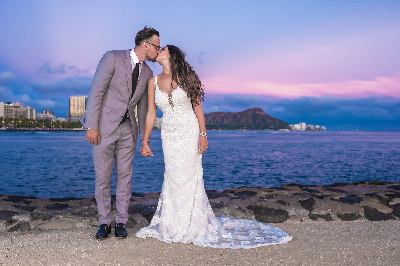 Magic island Hawaii beach wedding -4