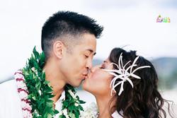 Beach wedding in Kailua-6