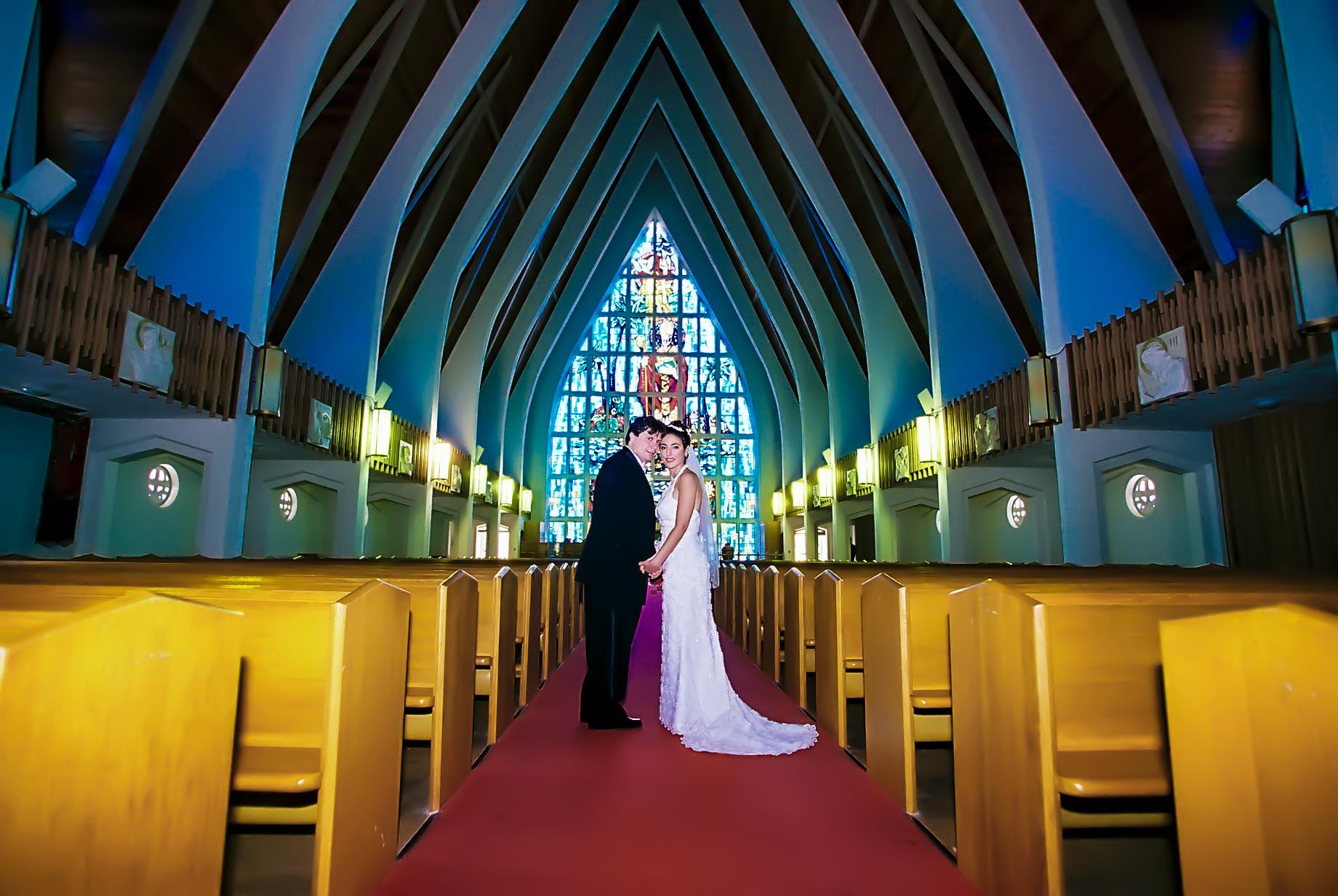 Hawaiian Church Wedding on Oahu-1