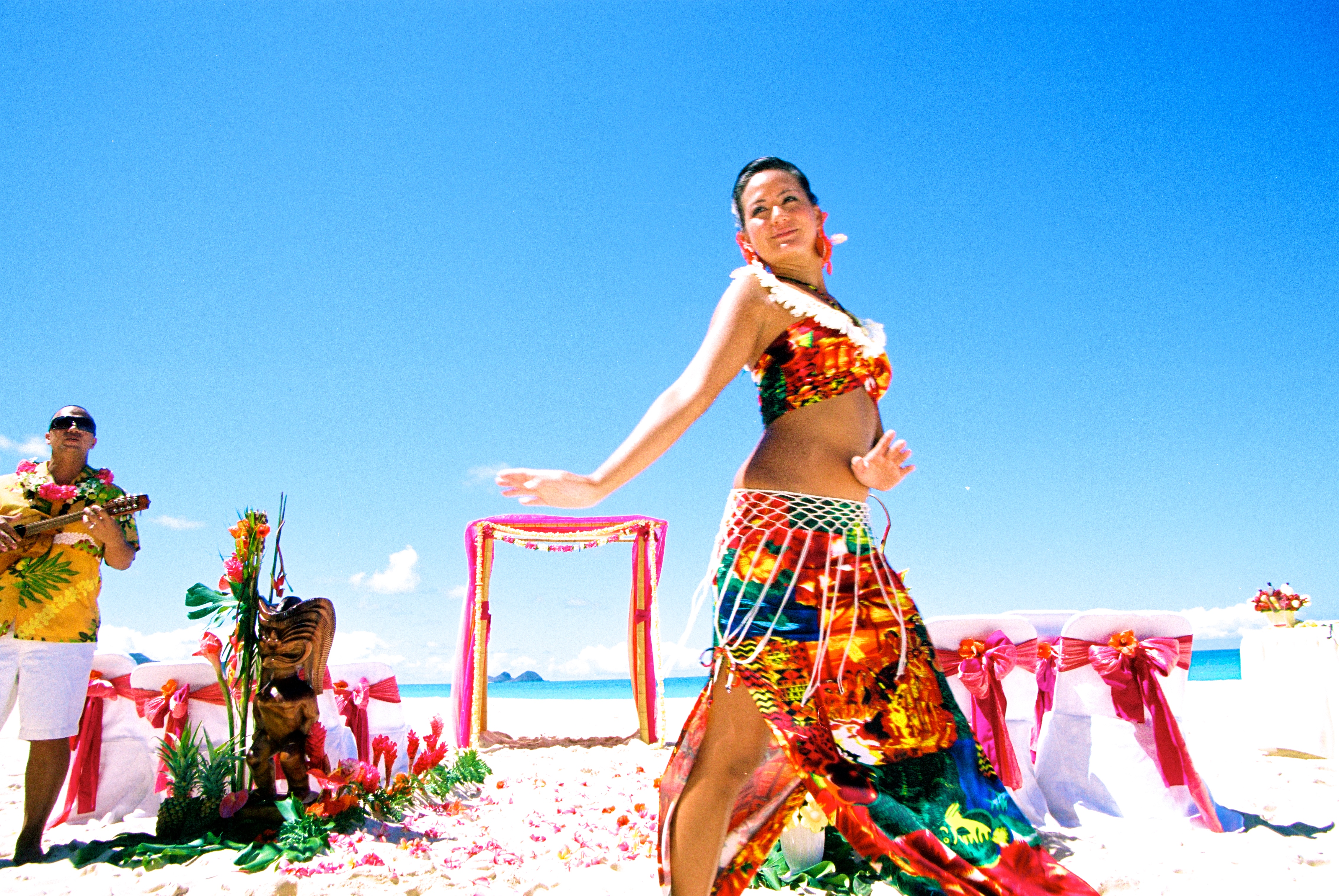 Hawaiian hula dancer with Ukulele 3