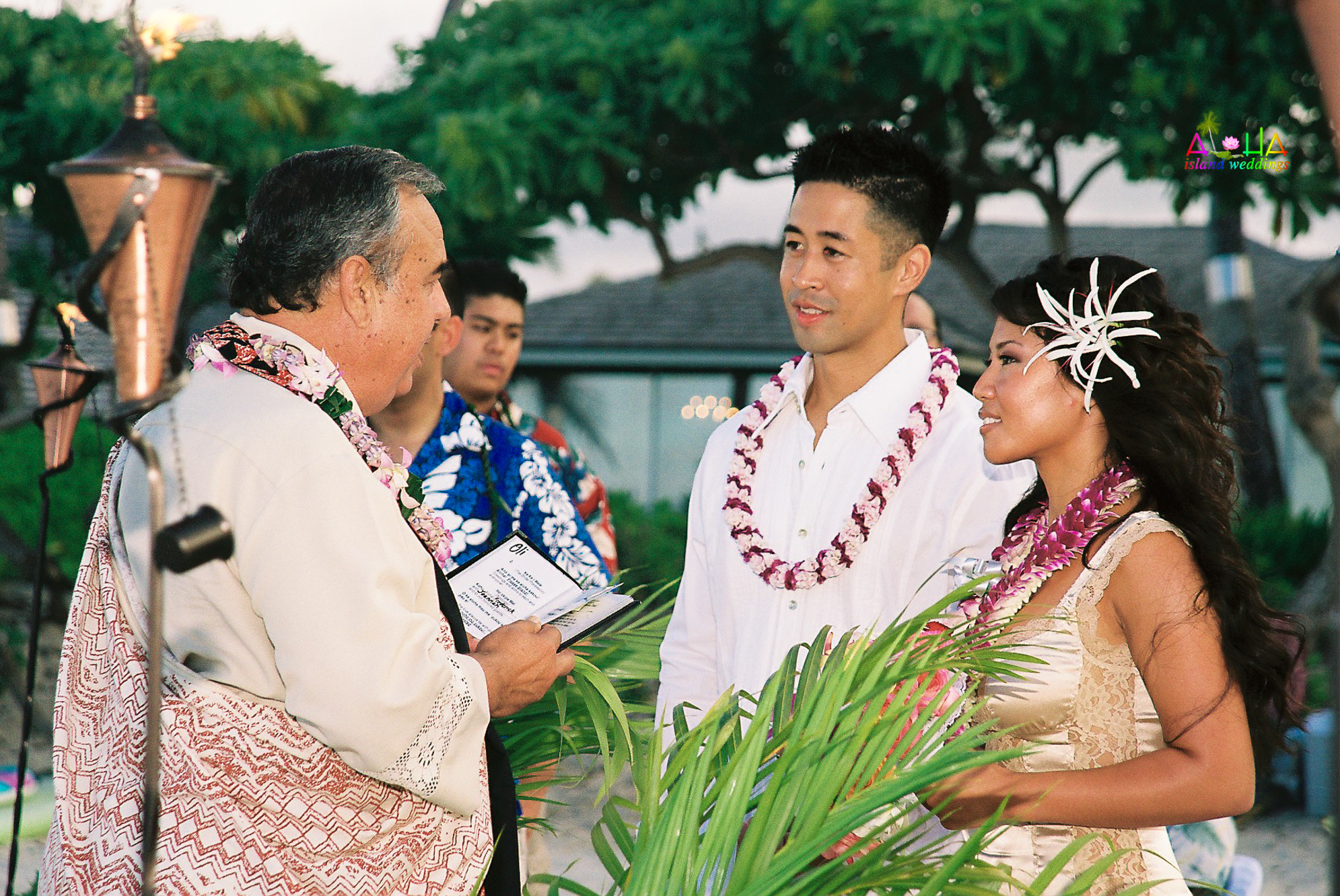 Beach wedding in Kailua-78