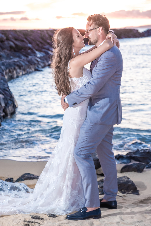 Magic island Hawaii beach wedding -29