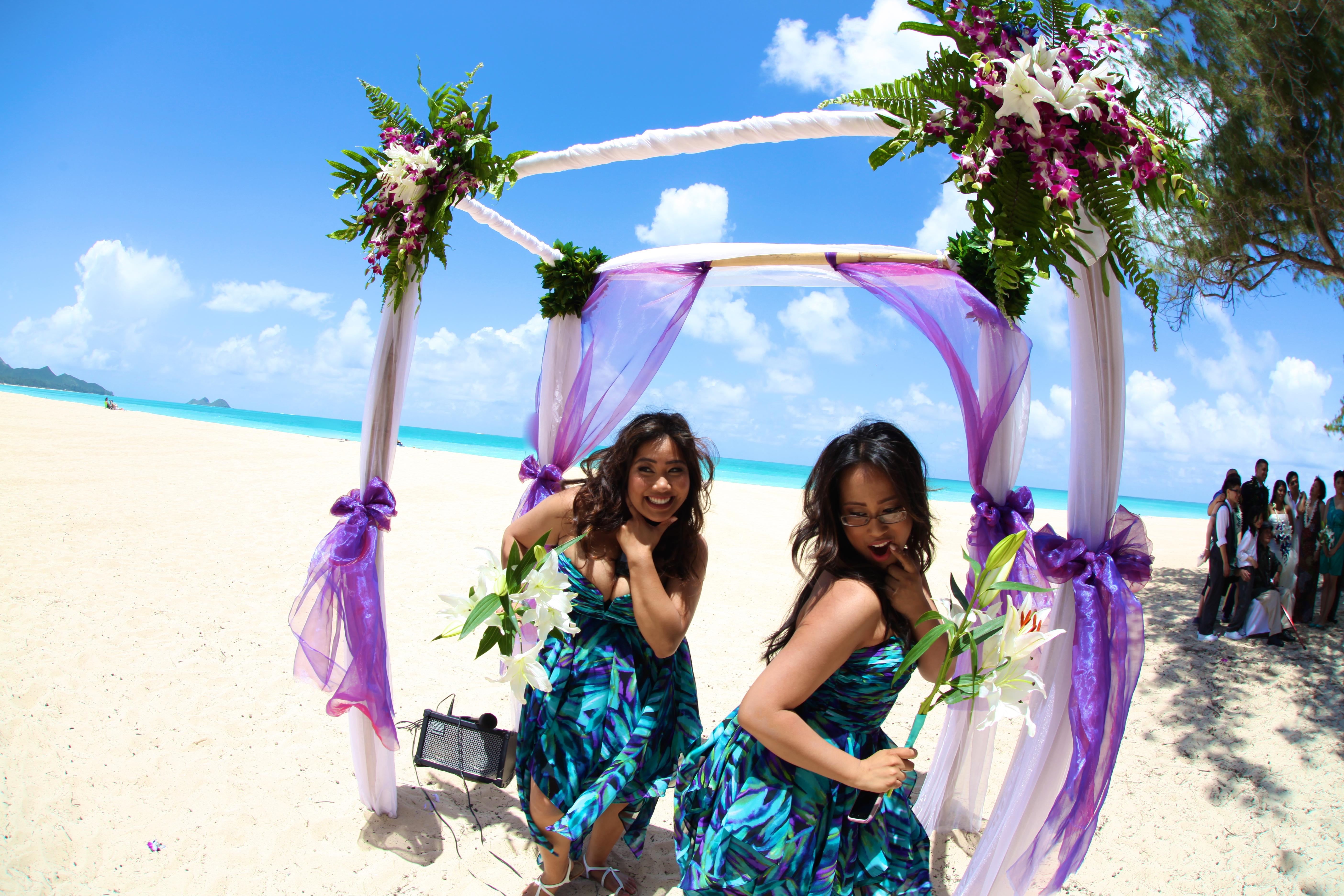 Hawaii wedding Bamboo Arch 18