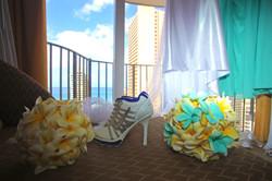 Alohaislandweddings.com- Pre wedding In The hotel room -11