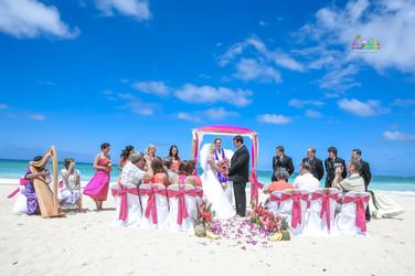 H&T-waimanalo-beach-weddings-1-17.jpg